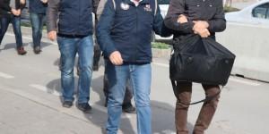 İzmir'de 118 Eve Operasyon: 72 Gözaltı