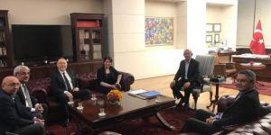 Tunceli'de öldürülen PKK'lıların cesetlerini taşıyan milletvekilinden Kılıçdaroğlu'na geçmiş olsun ziyareti