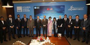 Malezya Başbakanı Mahathir Muhammed Sabiha Gökçen Havalimanı'nı gezdi