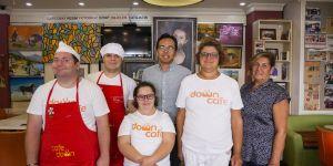 Siparişler down sendromlu gençler için 'Down Cafe'