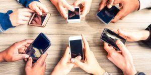 """Yeni Medya ve Aile Çalıştayı sonuçları; """"Sosyal medya insanları daha çok strese sokuyor"""""""