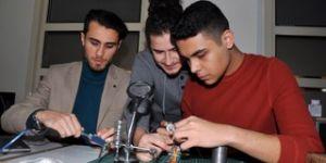 Üniversite öğrencileri orman yangınlarıyla mücadele için roket geliştirdi