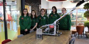 VEX Robotik Yarışmasının yükselen yıldızlarına 'prestijli' ödül