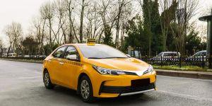 Uber sağlık çalışanlarına özel ücretsiz ticari taksi hizmeti başlattığını duyurdu