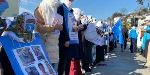 Uygur Türkü Kadınlar'dan Çin Başkonsolosluğu Önünde Protesto