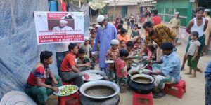 Çanakkale Şehitleri adına Arakan'da ve Suriye'de yemek ve ekmek ikramı