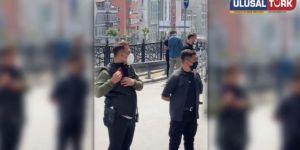 Uygur Türk'ü kamp mağdurları Cumhurbaşkanlığı korumasına notlarını verdi.