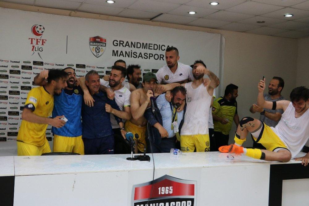 Ankaragücü Futbolculardan Süper Lig Coşkusu